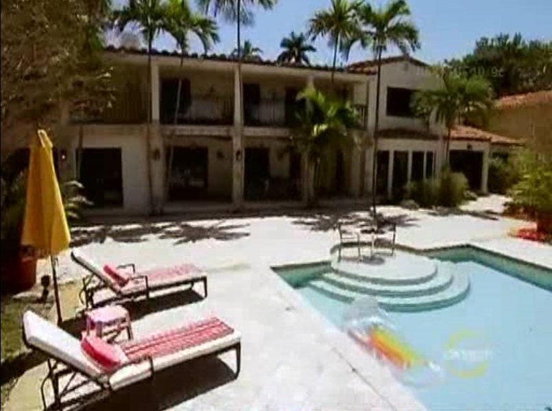 Bad Girls Club Villa Miami. L'une des piscines.